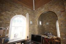 Penthouse to rent in HOPTON ROAD, London, SE18