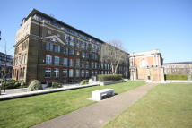 Flat for sale in Cadogan Road...