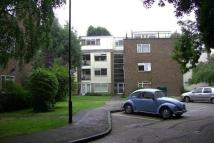 1 bed Flat to rent in Dunraven Drive...