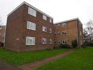 2 bed Flat to rent in Sunningdale Court...