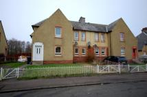 Flat to rent in Springwell Crescent...