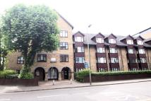 Detached house to rent in Homesdale Road, Bromley