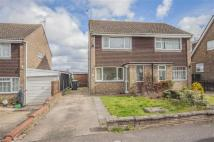 2 bedroom semi detached house in Clare Drive, Thrapston...