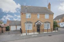 Detached property in Steel Close, Thrapston...