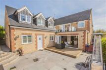 6 bedroom Detached property in Huntingdon Road...