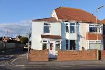 4 bedroom semi detached house in Gosport Road...