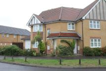 Ground Flat to rent in Harvard Close...