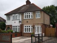 3 bedroom semi detached house to rent in UXBRIDGE, Middlesex