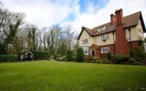 6 bed Detached home in Mere Road...