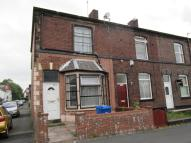 2 bedroom house in Hornby Street, Bury, BL9