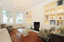 2 bed Apartment in Melrose Avenue, London...