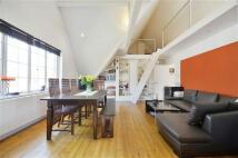 Apartment in Brondesbury Park, London...