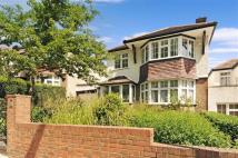 3 bed Detached house in Parkside, Dollis Hill...