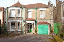5 bed Detached home in Willesden Lane, London...