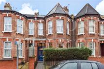 3 bedroom home in Acland Road, Willesden...