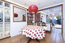 5 bedroom semi detached house in Sherrick Green Road...