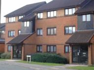 Flat in Pavillion Way, Edgware...