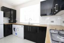 2 bedroom Flat in Burnt Oak Broadway...