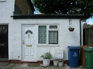 Flat in Cypress Road, Harrow...