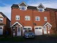 3 bed semi detached property in Bracken Way, Harworth...