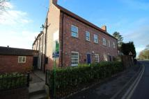 Flat to rent in Market Place, Bawtry...