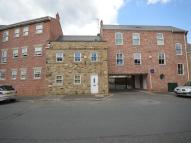 2 bedroom Flat in High Street, Morley...
