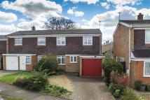 3 bed semi detached home to rent in Ross Way, Luton, LU1