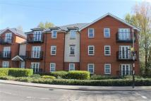 2 bed Flat to rent in Station Road, Harpenden...