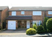 5 bedroom Detached home for sale in Oakwell Close...