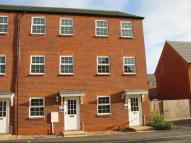 3 bedroom property to rent in Mill Bridge Close...