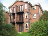 Flat to rent in Montonfields Road...