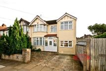 5 bed property in Tees Avenue, Perivale...