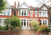 5 bed property in Ravensbourne Gardens...