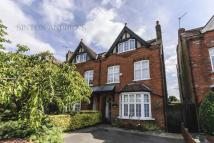 5 bedroom house in Kerrison Road, Ealing, W5