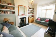 2 bed home in Northcroft Road, Ealing...