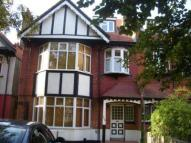 1 bedroom Flat in Hermon Hill...