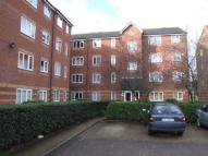 Apartment to rent in Bream Close, London, N17