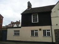 1 bedroom Studio apartment in High Street, Biggleswade...