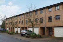 Town House for sale in Mansionhouse Gardens...