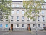 Flat to rent in St Andrews Square...