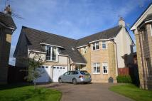 Detached home in Old Station Court...