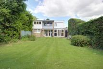 Detached property in Boxmoor, Hertfordshire