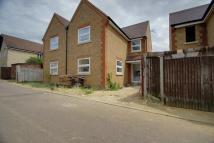 3 bed semi detached house to rent in CORNER HALL...