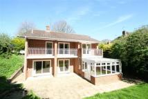 6 bedroom Detached home to rent in Chieveley