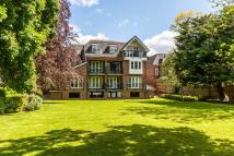 2 bed Flat for sale in York Road, Sutton, Surrey
