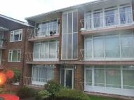 Flat to rent in Grange Road, Sutton...