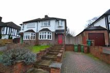 semi detached house to rent in Carlisle Road, Sutton