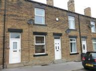 Terraced property to rent in Robin Hood