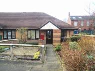 2 bed Semi-Detached Bungalow in Farm Road, Crossgates...