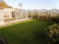Semi-Detached Bungalow to rent in Garforth